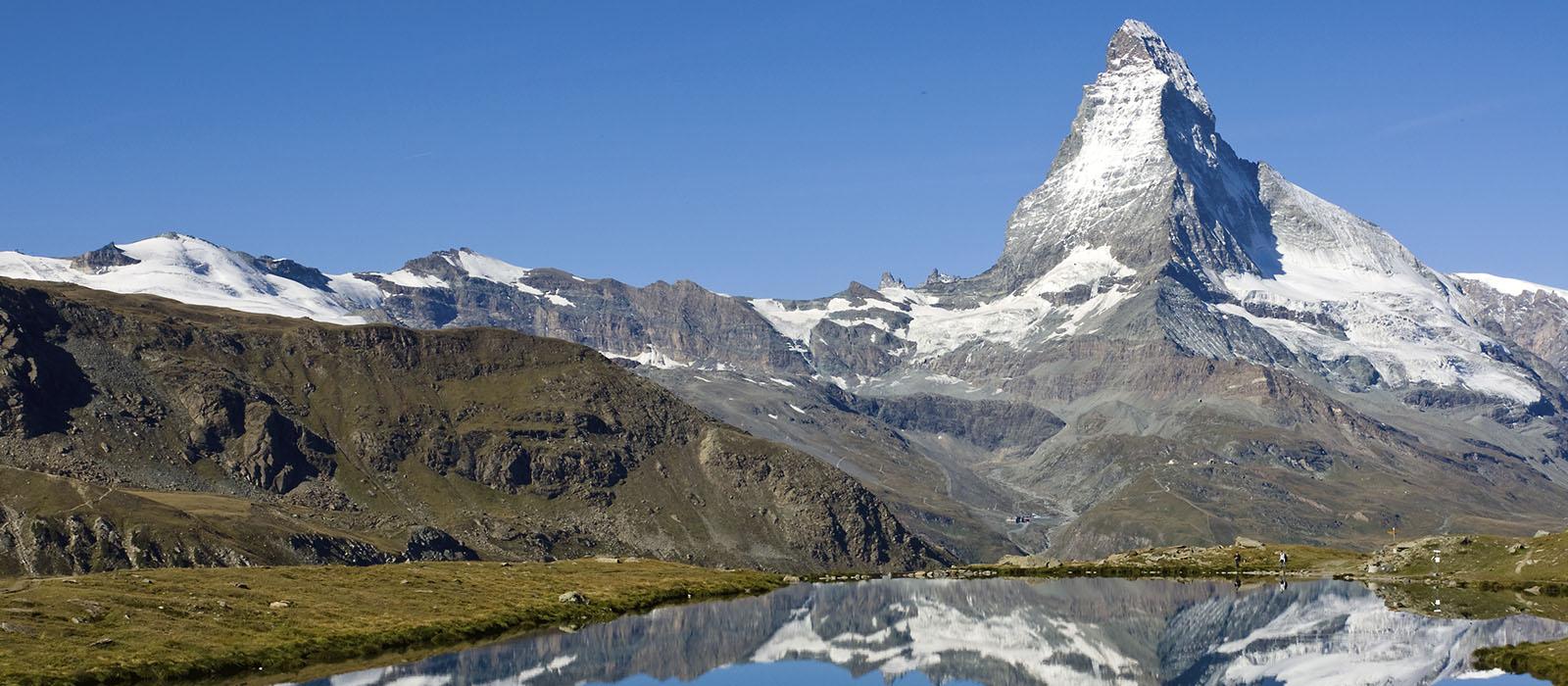 Obytňákem pod majestátní čtyřtisícovky švýcarského kantonu Valais
